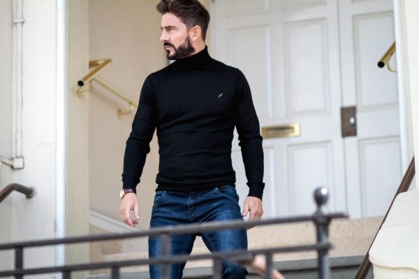 Rosa Fay 0275 - Soho Roll Neck Black