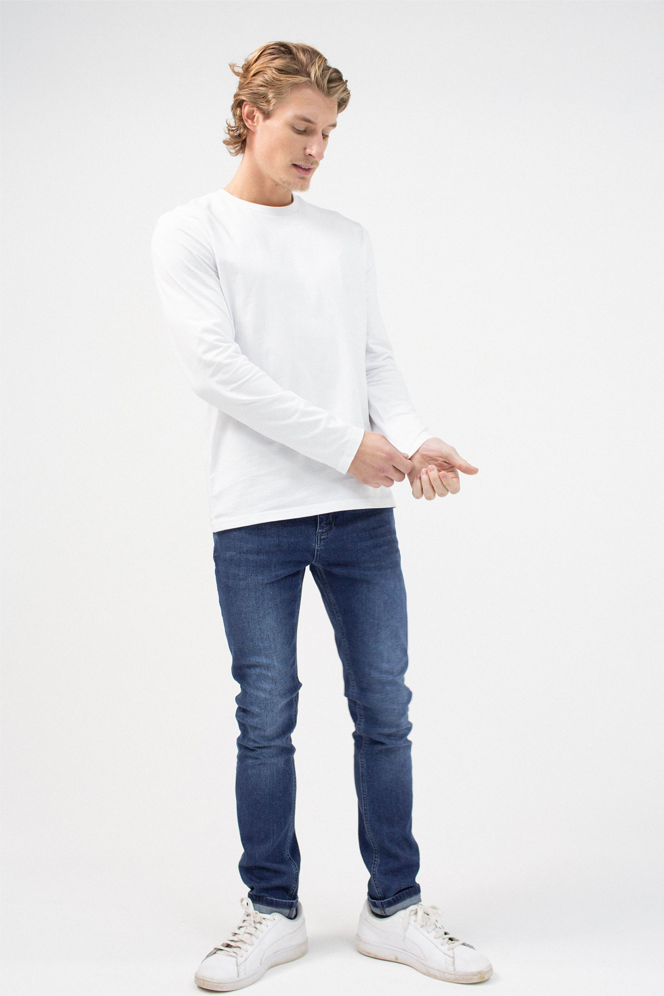 BenedictRaven Studio 0107 1 - Lounge Long Sleeved T-Shirt White